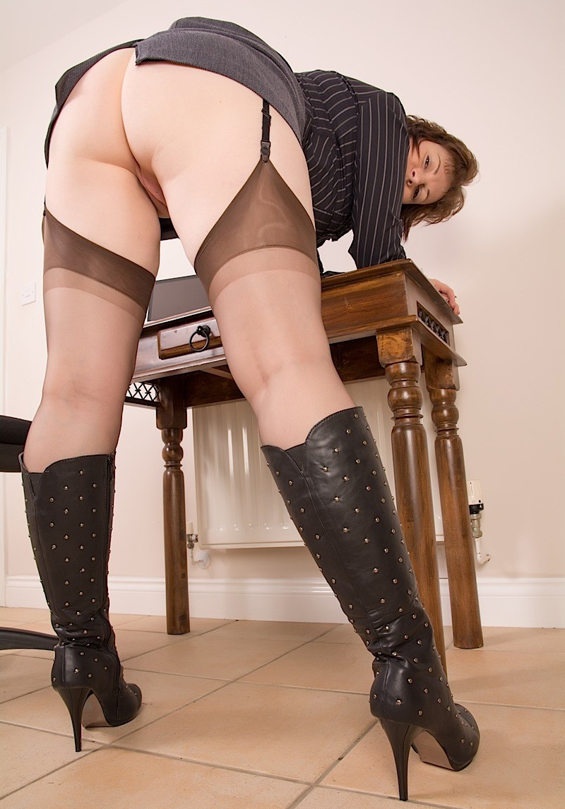 Amateur mature milf stockings commit error